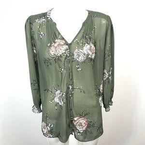 Reitmans semi sheer 3/4 sleeve blouse floral